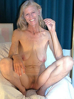 hotties moms saggy tits space launch