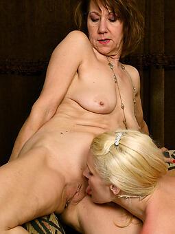 perfect mommy lesbians