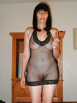 pretty hot moms nudes tumblr