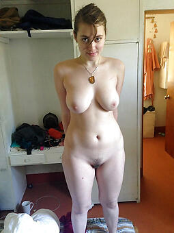 pulling nude hot landed gentry pics