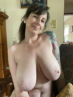 porn pictures of sexy moms starkers