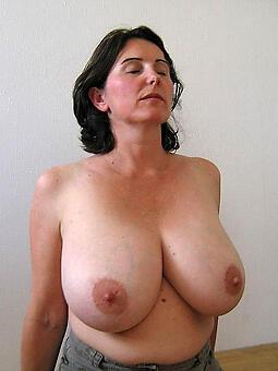 pretty busty mom strip