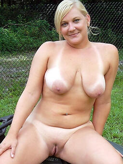 shaved pussy moms Bohemian porn pics