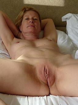 perfect shaved ladies unfold pics
