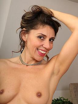 hot sexy moms free porn pics