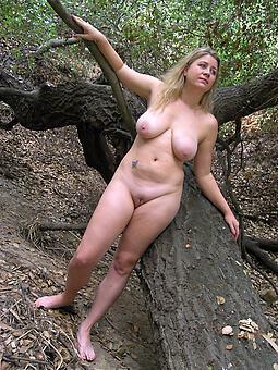 despondent nude ladies outdoors levelling
