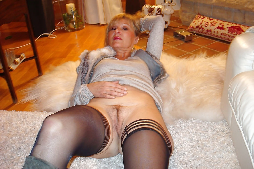 erotic of age wife pussy lips