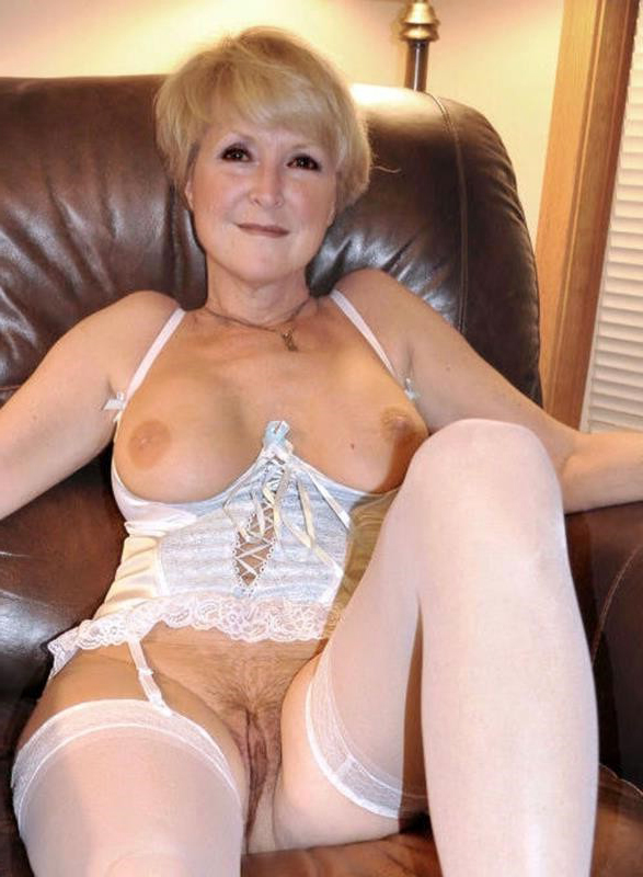 well turned out nude gentry porn pic
