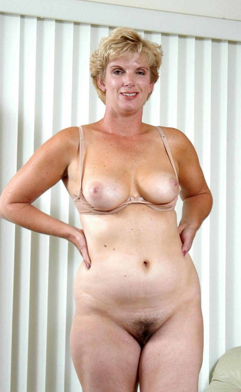 curvy spiffy naked gentry
