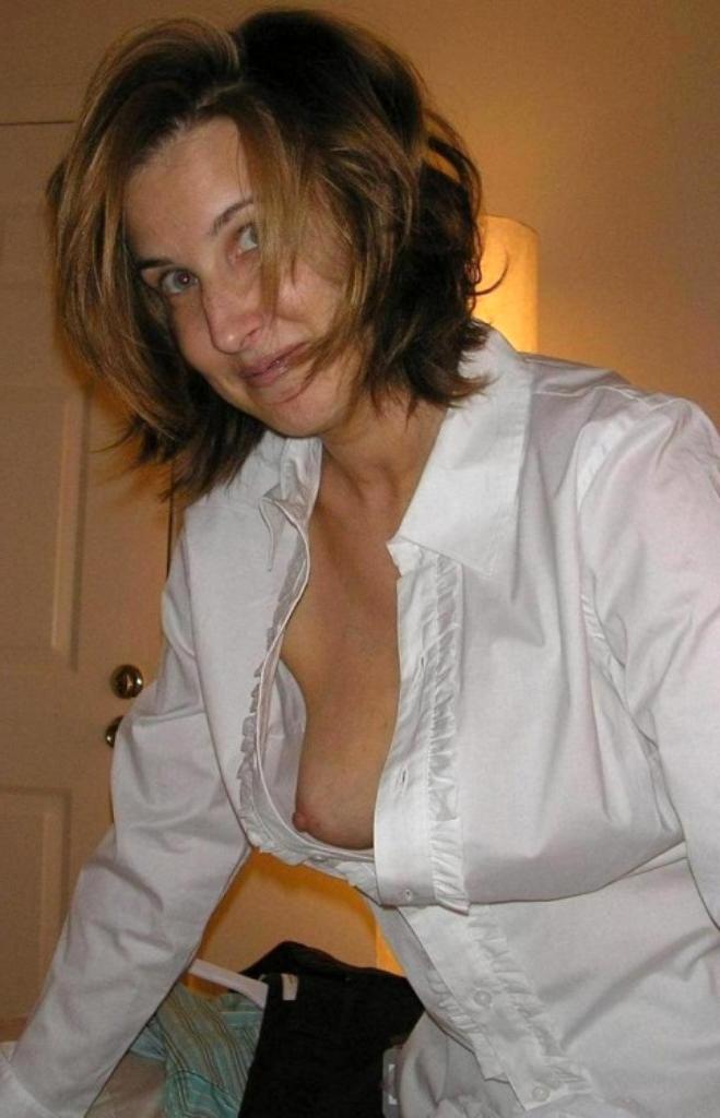 hotties classy nude moms photo