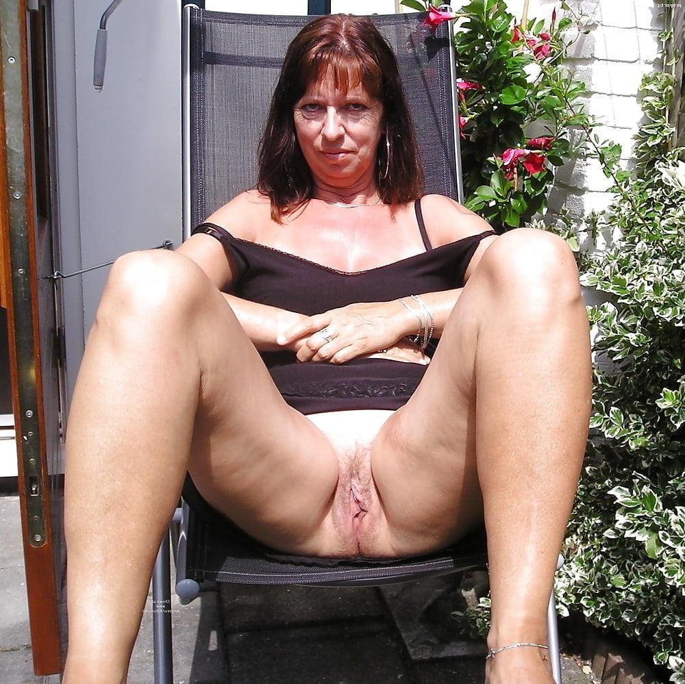 hot X moms amature porn pics