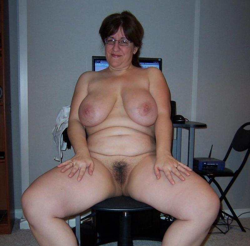 naughty sexy ladies free naked pics